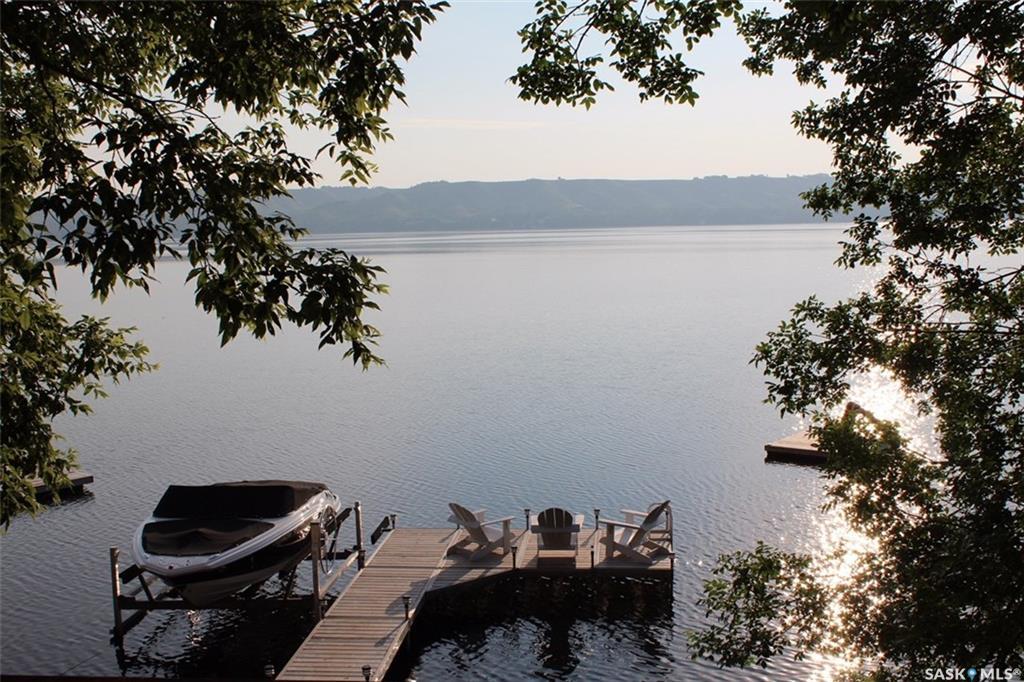 187 Lakeview Lane, 3 bed, 1 bath, at $529,900