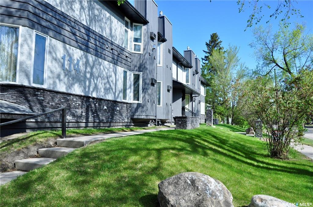 114 Clarence Avenue, 2 bed, 1 bath, at $209,900