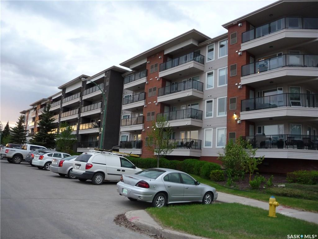 102 Kingsmere Drive, 1 bed, 1 bath, at $229,900